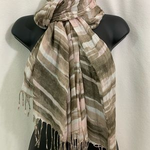 Multi colored scarf with pale pink and taupe color